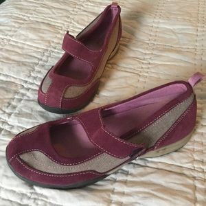 Lands End Mary Janes slip on shoes